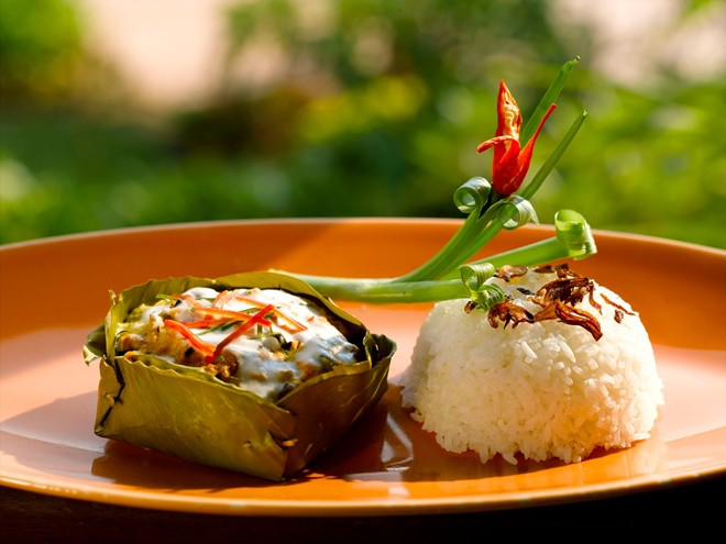 Amok (fish sauce wrapped in a banana leaf) is famous in Siem Reap's streetsAmok (fish sauce wrapped in a banana leaf) is famous in Siem Reap's streets