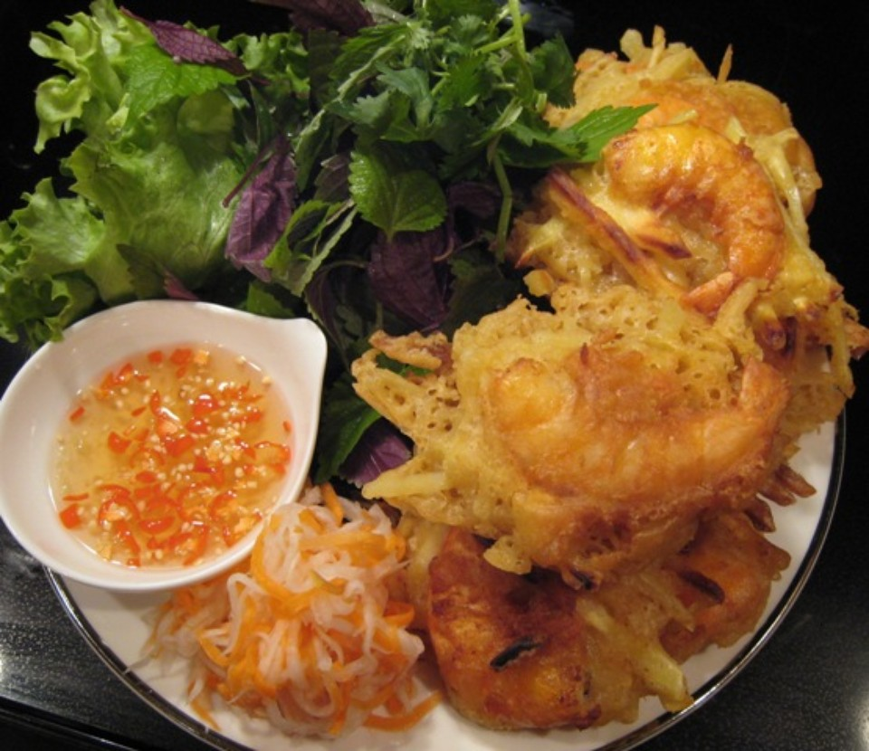 Shrimp cake in Ho Tay