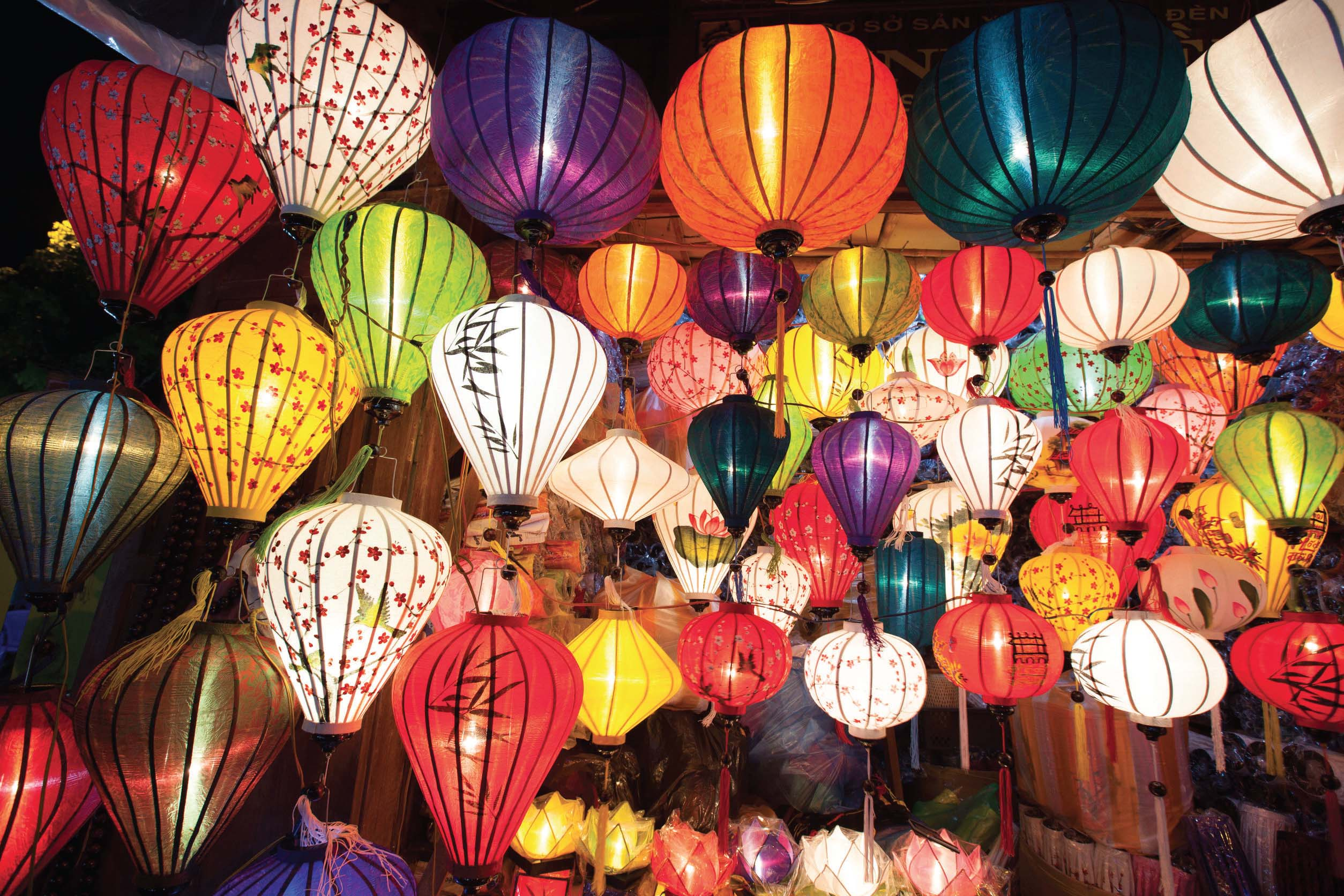 the beauty of lanterns in hoi an indochina voyages. Black Bedroom Furniture Sets. Home Design Ideas