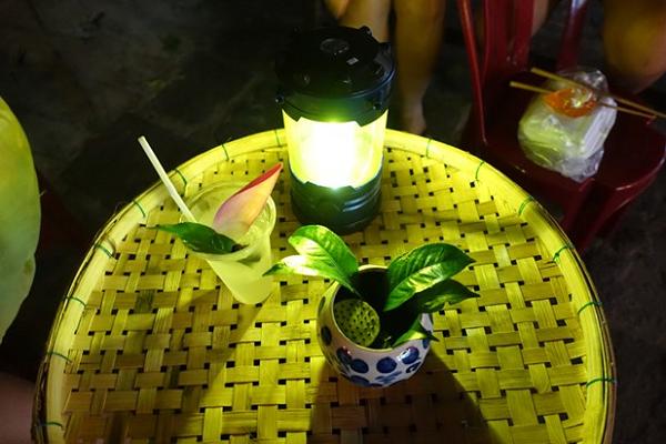 A beautiful glass of lemongrass lemonade water