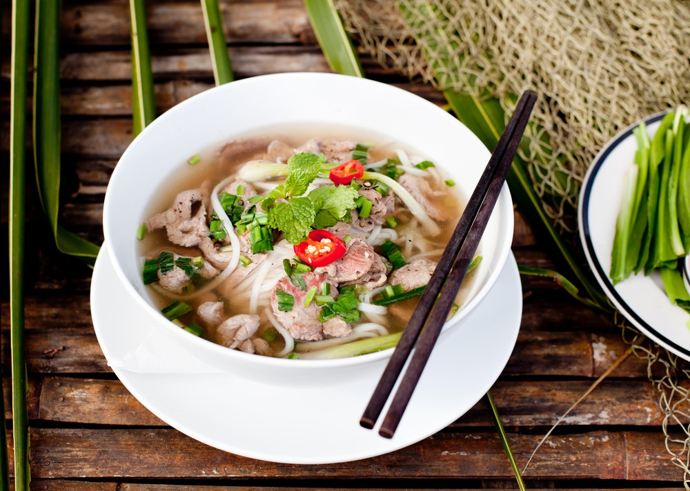 Learn how to eat Pho