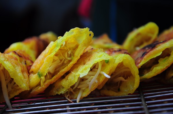 Winter is the best time to enjoy Banh Xeo