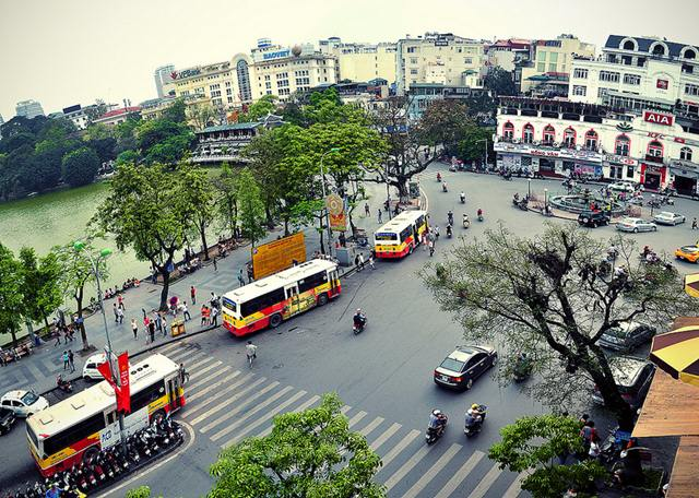 You can easily catch a bus right at Hoan Kiem Lake