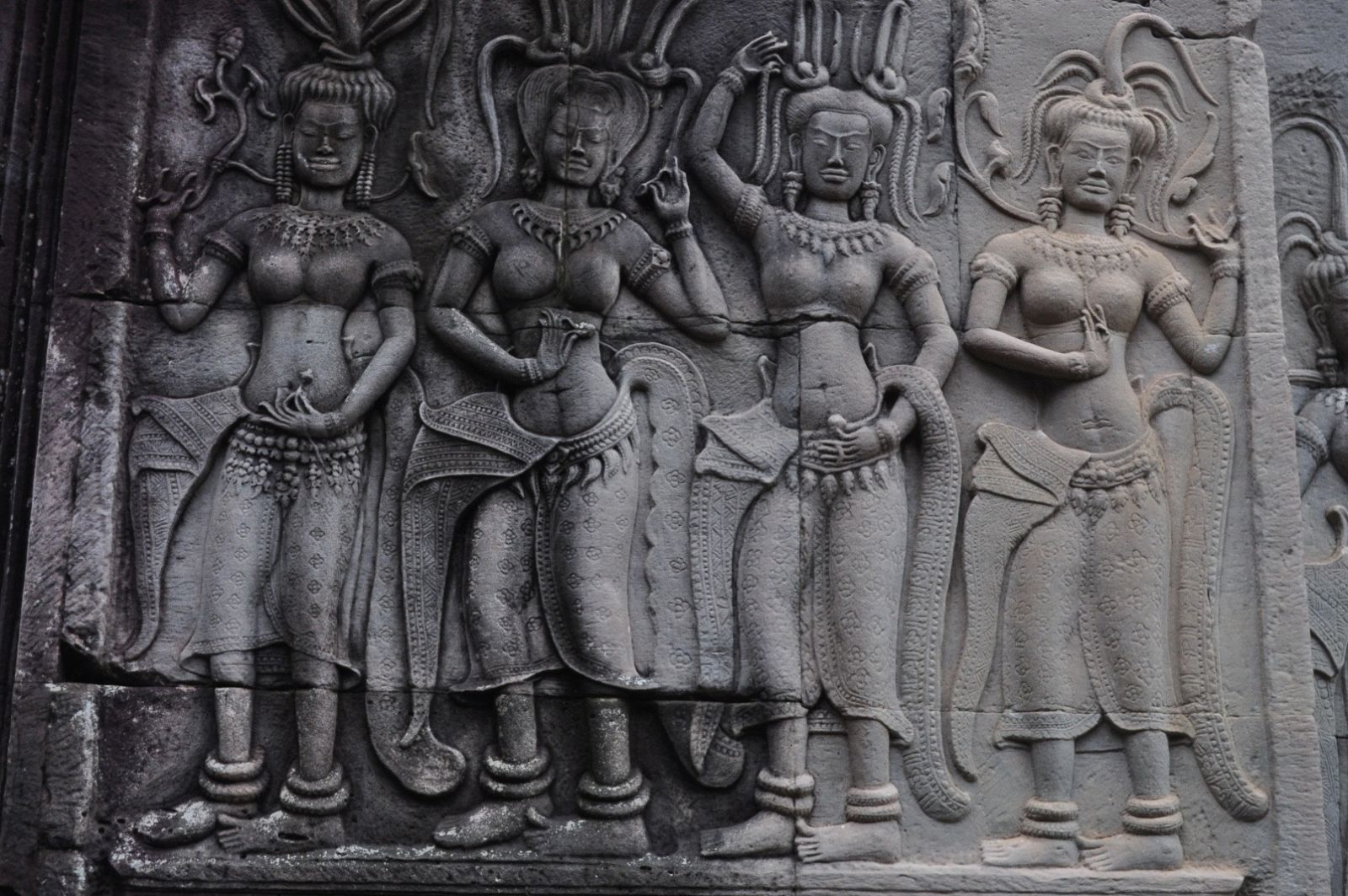 Reliefs of Apsara dancers in the second structure in Angkor Wat
