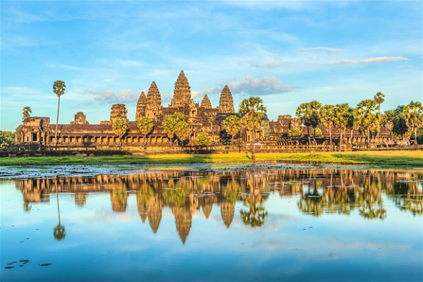 Where is the good place around to Angkor?