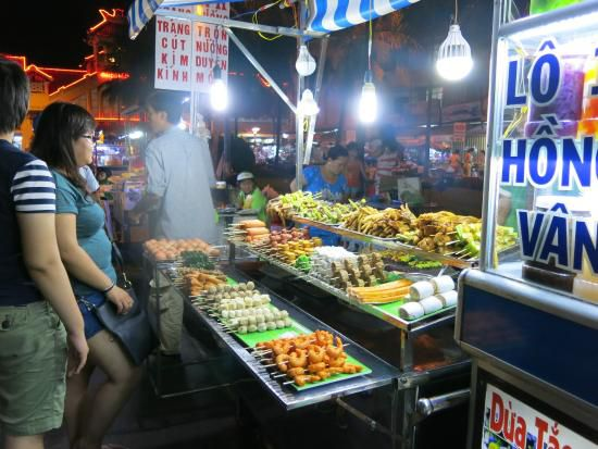 Food stalls in Ninh Kieu night market