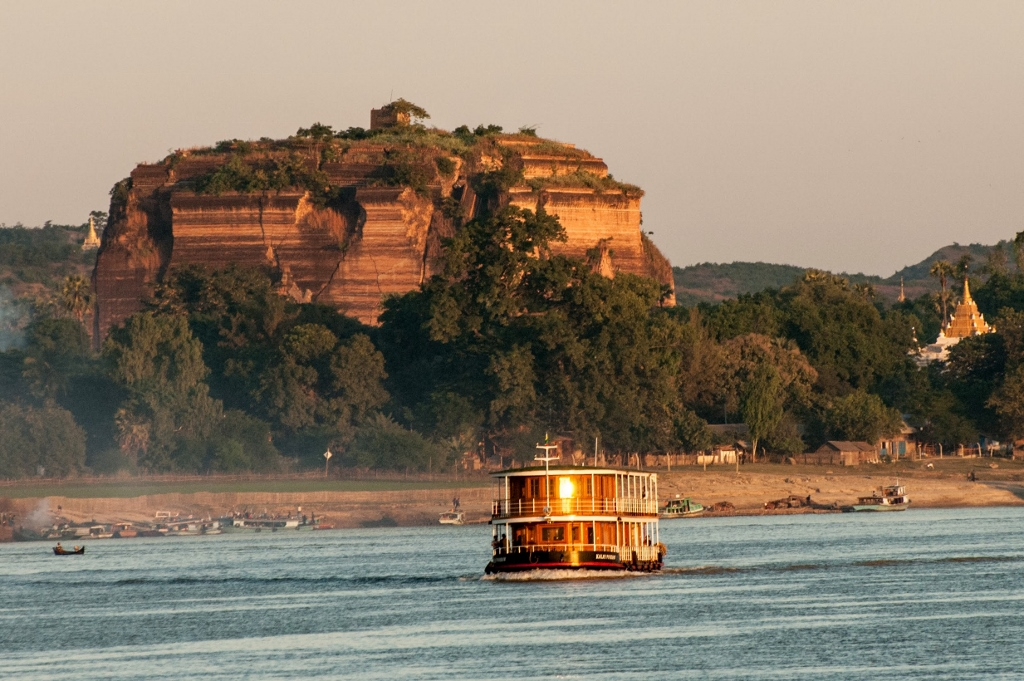Bagan river cruises
