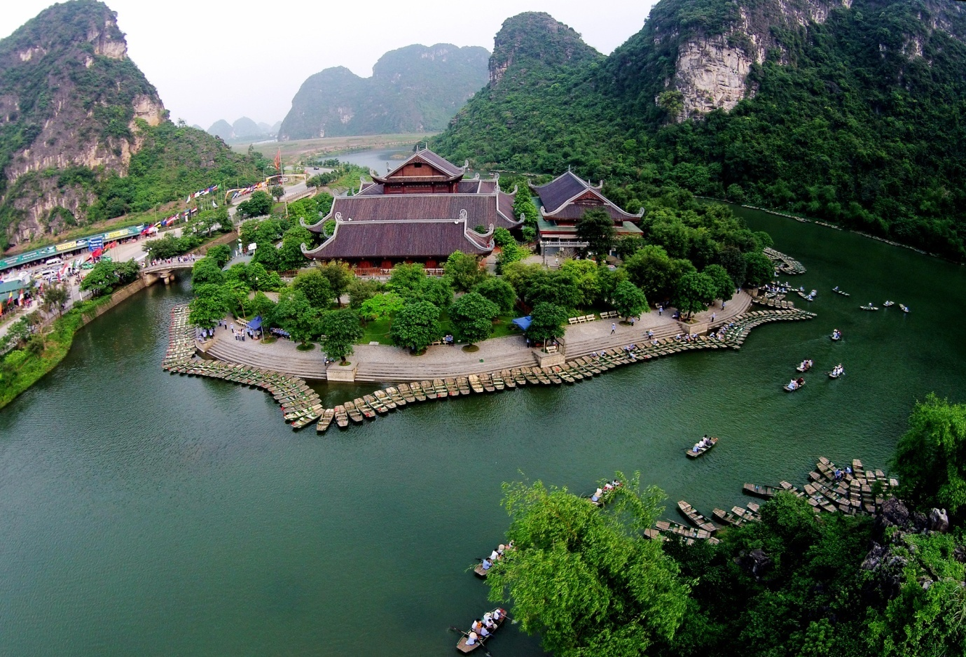 Best sites to visit in Ninh Binh, Vietnam