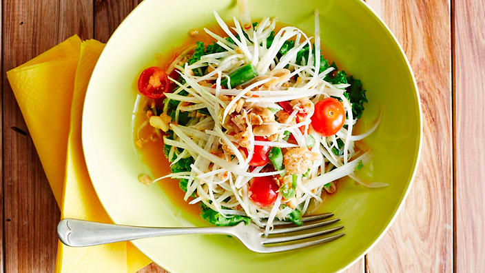 A mouth-watering Green Papaya Salad dish