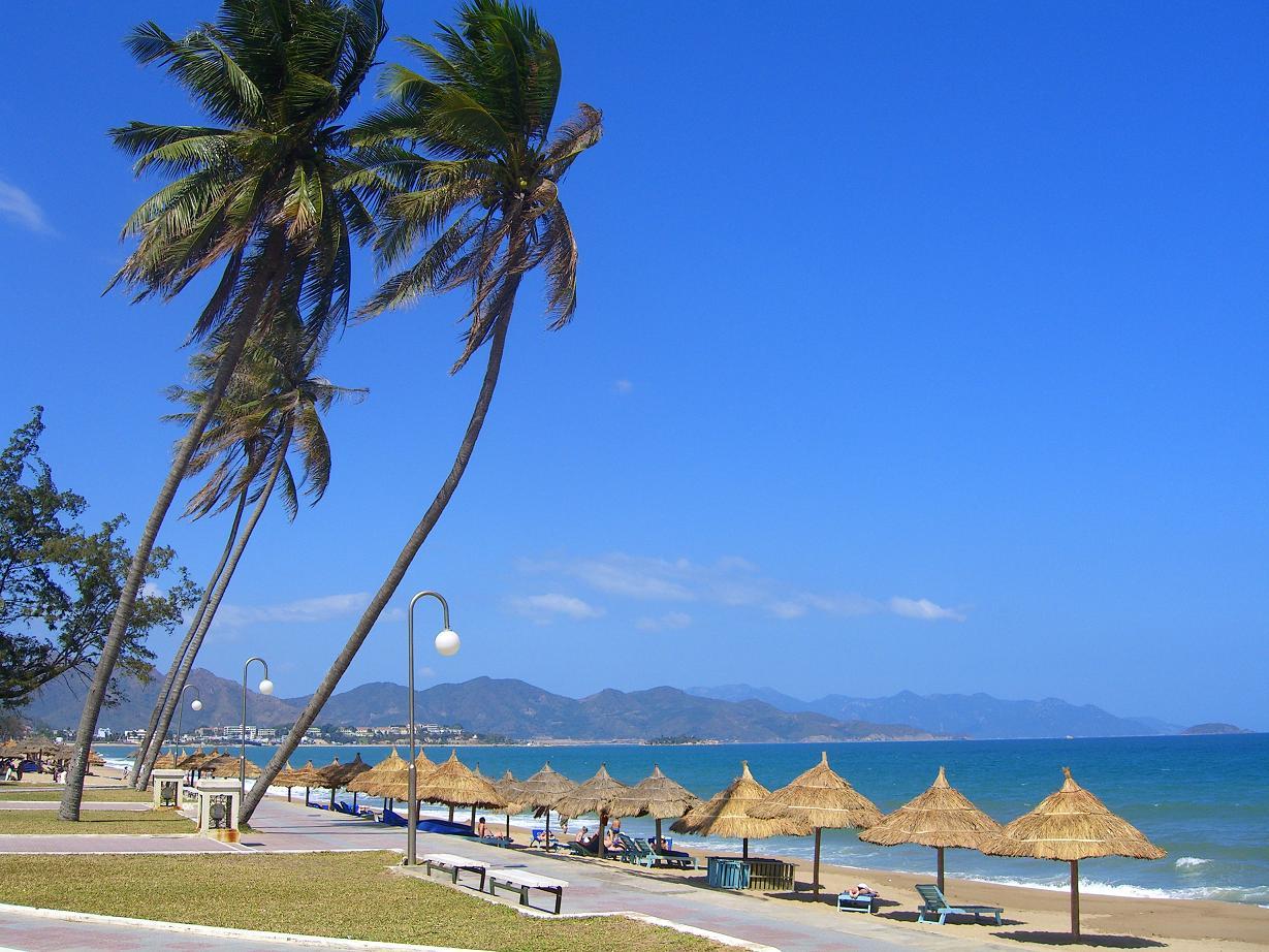 Fascinating Nha Trang beach