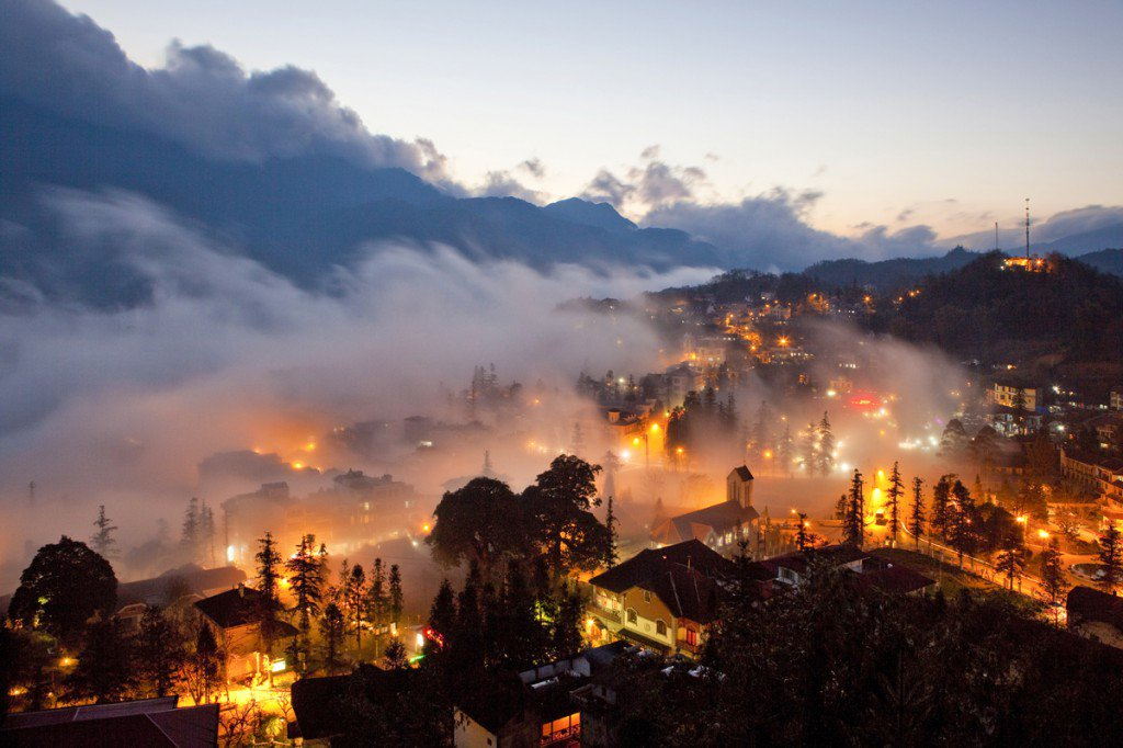 Sapa town - a peaceful mountain town would be the best choice for visitors