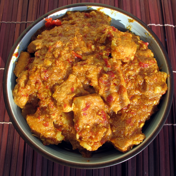 A typical Burmese curry