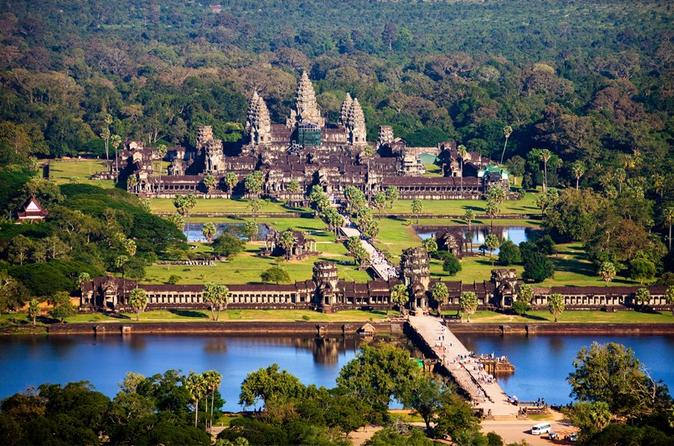 Reasons why Angkor Wat is a must-go destination in Cambodia