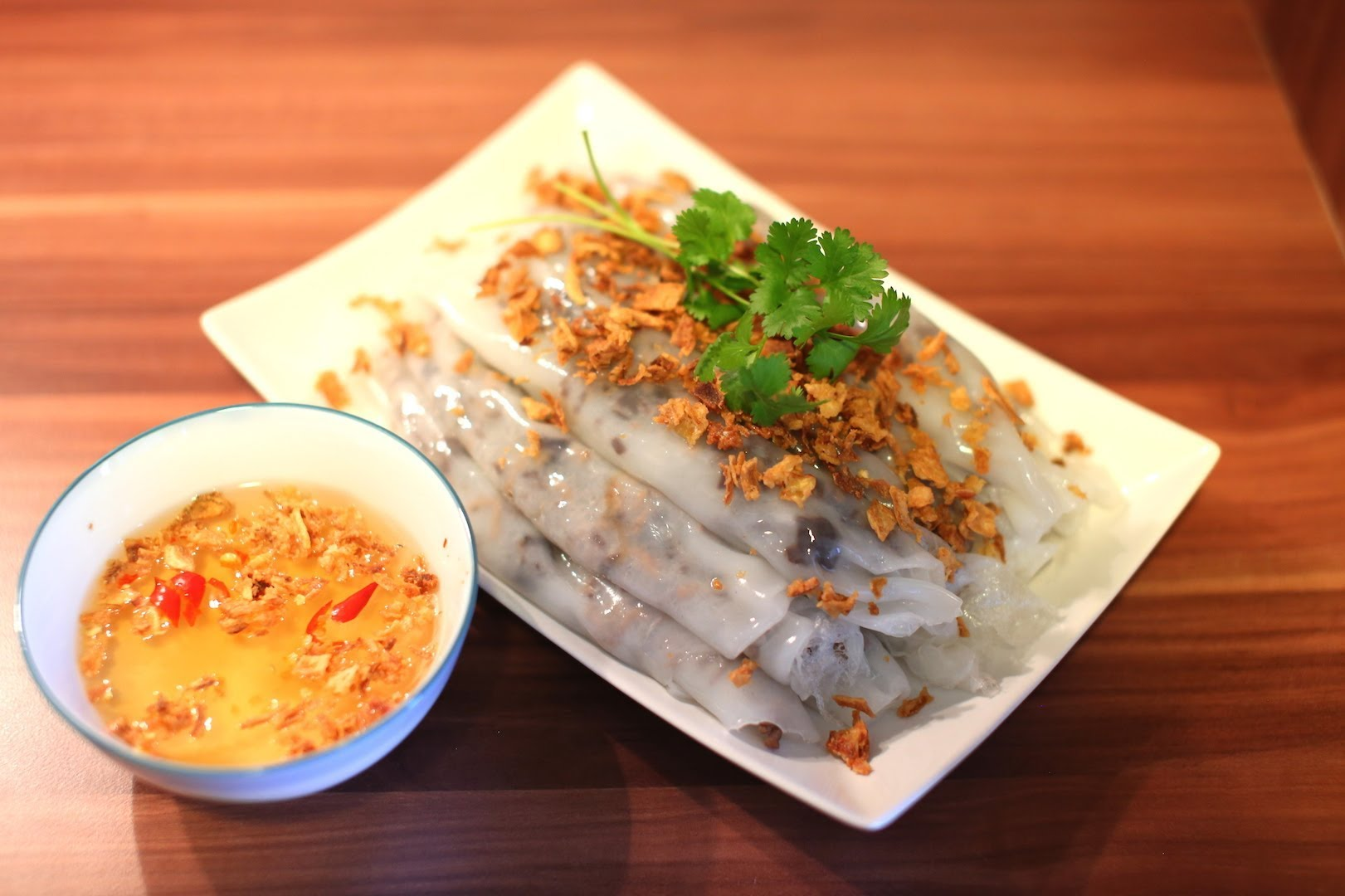 Steamed rice roll is the highlight of Saigon's food