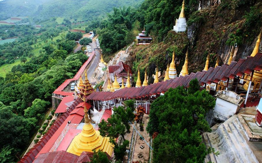 Pindaya Cave has about 9,000 Buddha statues