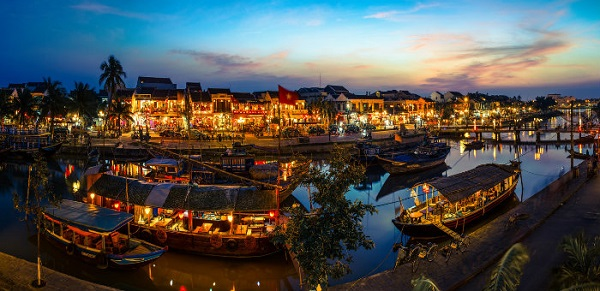 A gorgeous corner of Hoi An at sunset moment