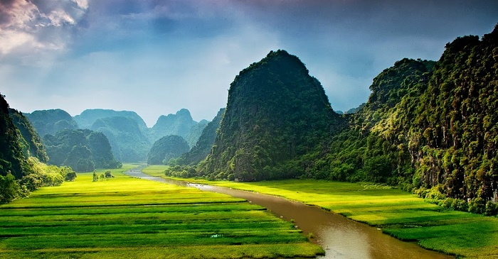 A natural beauty of Tam Coc from far away could leave you breathless