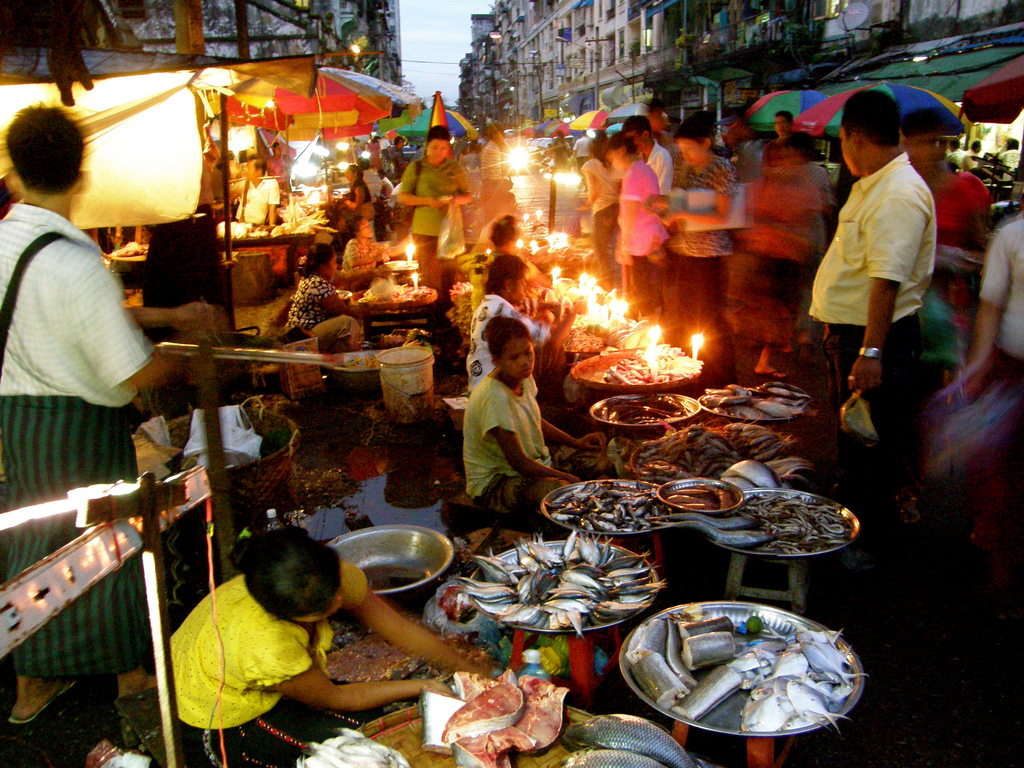 Anawrahta Road - one of the most impressive night markets in Burma