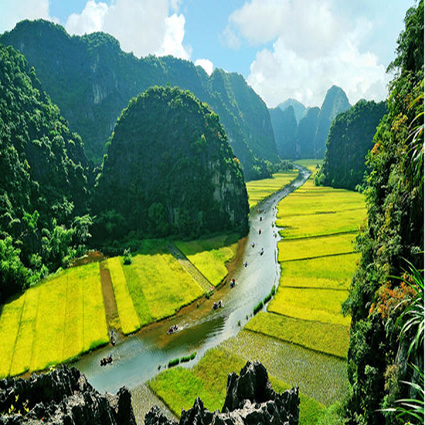 Tam Coc is like Halong bay on the land in Vietnam