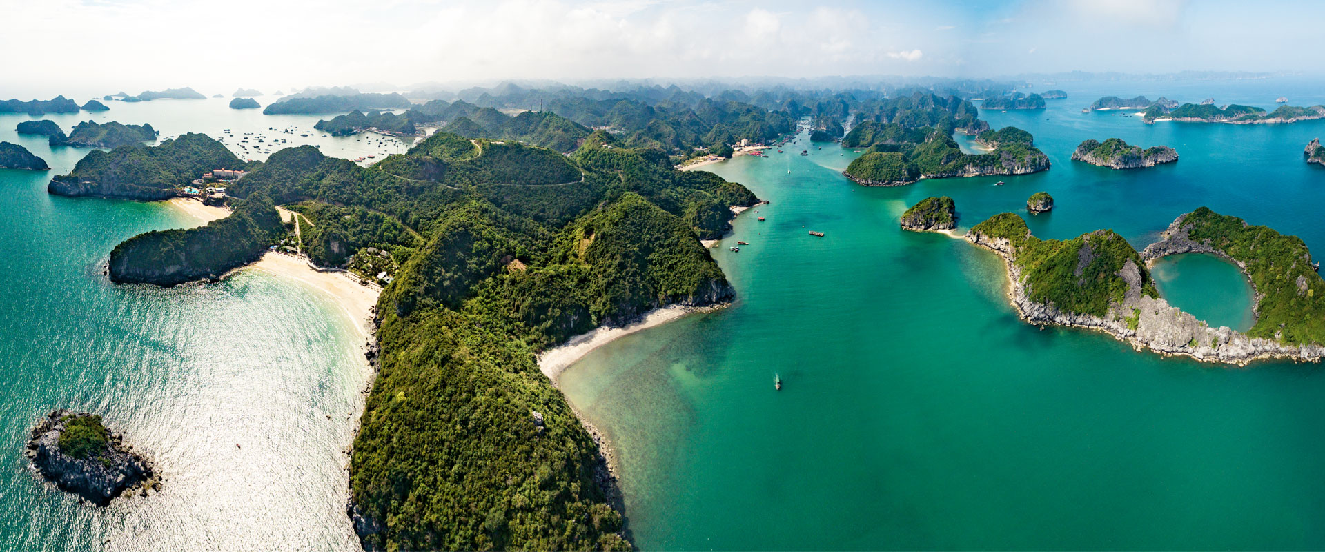 Lan Ha Bay in autumn, the most beautiful time of the year