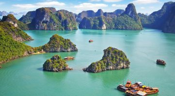 A glance of Lan Ha Bay