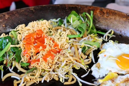 EXPLORE YOUR CAMBODIA DAY TOUR WITH THE BEST STREET FOODS