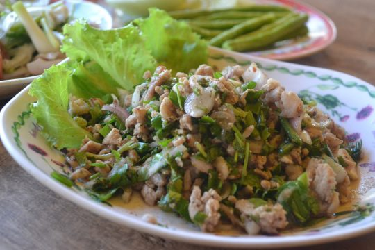 Top 10 essential Laos food to spice up your Laos tours