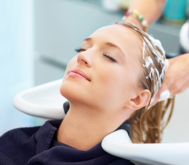 Choose the best service for head massage and hair cleaning in Vietnam