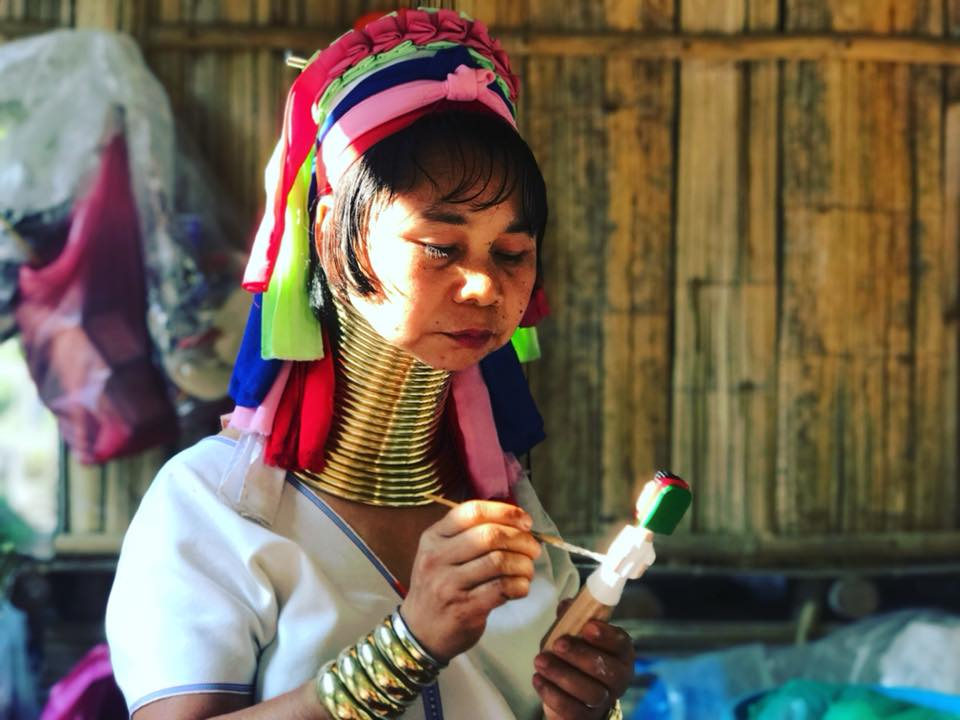 Explore Long neck tribe village in Chiang Mai