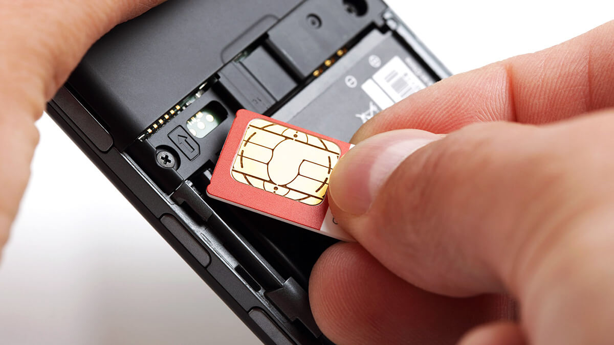 Is it easy to buy a SIM card in Vietnam?