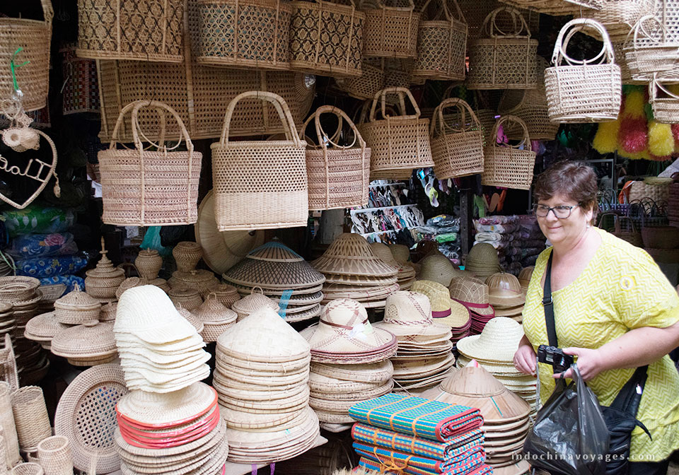 Top 8 Places For Shopping In Hanoi