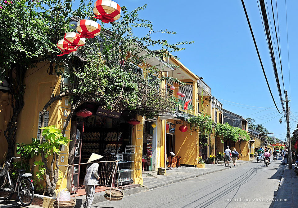 Hoi An Ancient Town – simply stroll to have fun