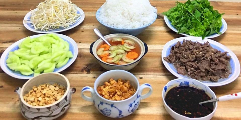 ingredients for making beef noodles in Nam Bo