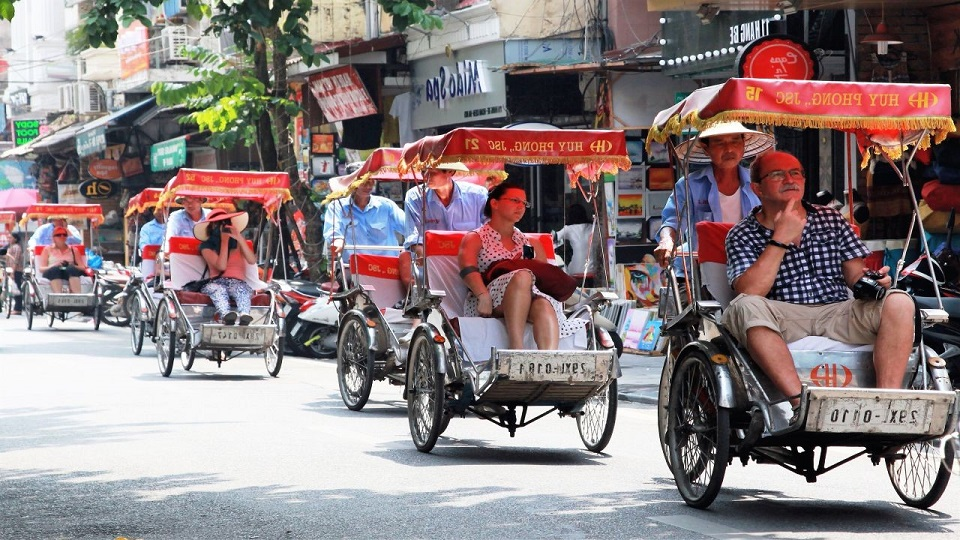 A cyclo tour in Hanoi