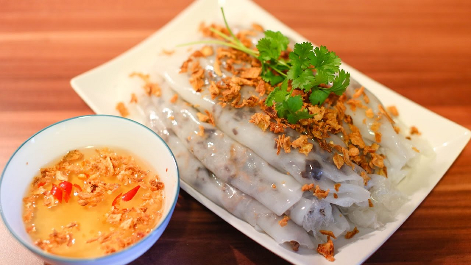 Banh cuon sets sometimes come with gio or cha to keep you full