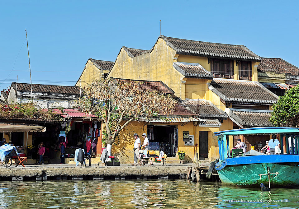 Take a rest and stay overnight is in Hoi An