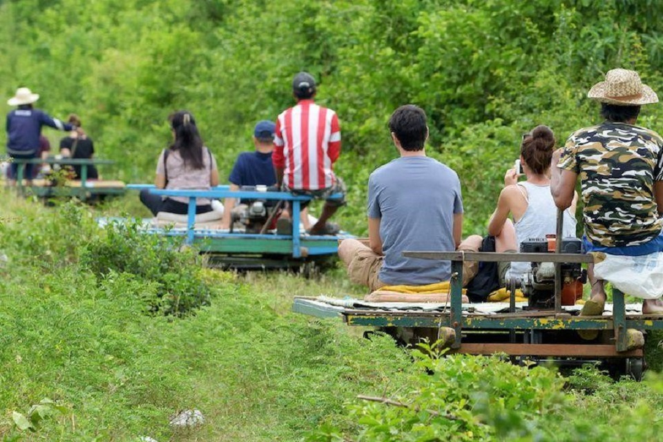 Bamboo train – a fun activity in Battambang