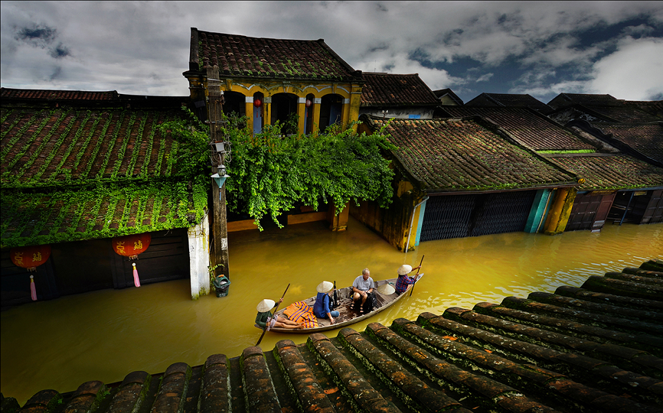 Visiting Hoi An in flood season