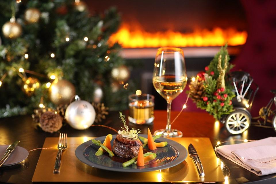 Christmas dinner at Hotel Metropole Hanoi