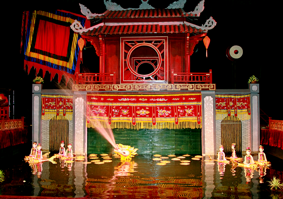 "In the puppet show, the stage will be called ""Thuy Dinh"""