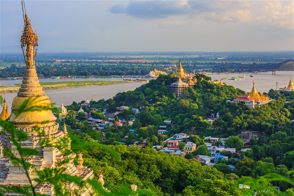 Leave the amazing view of Sagaing behind