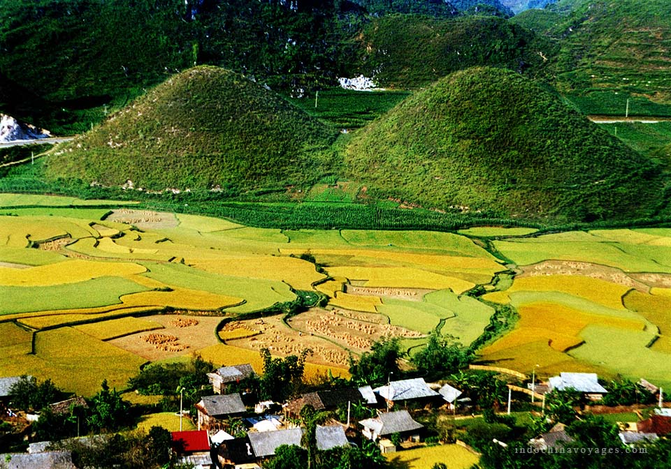 ha_giang_viet_nam_Twin_Mountain