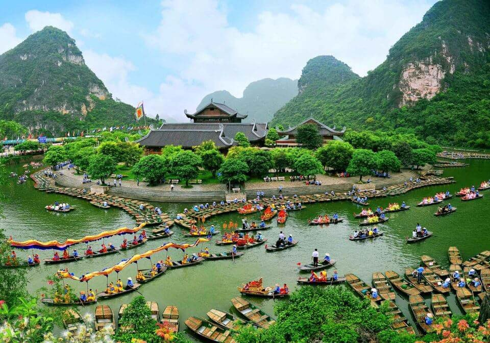 trang_an_vietnam_spring