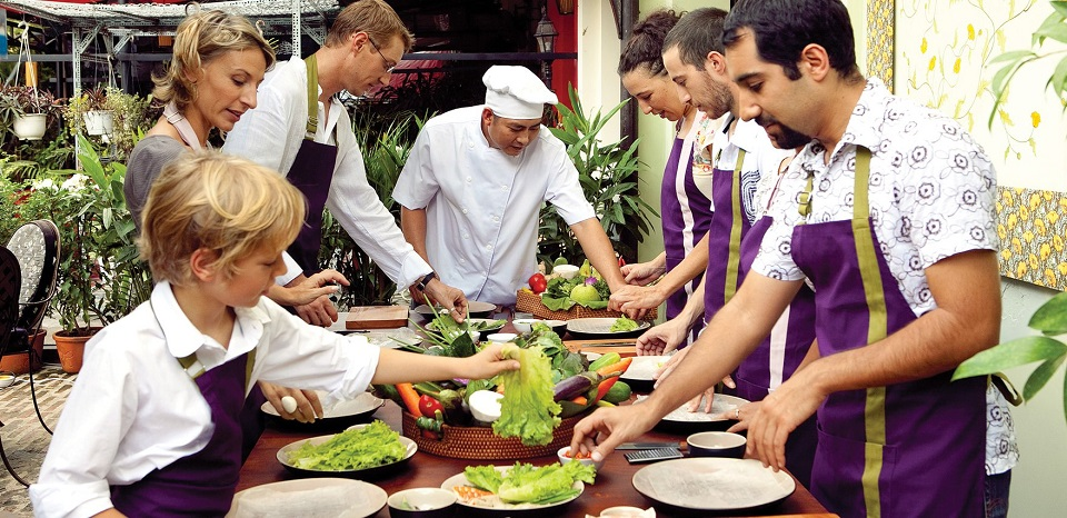 vietnam_family_tour_packages_red_bridge_cooking_class