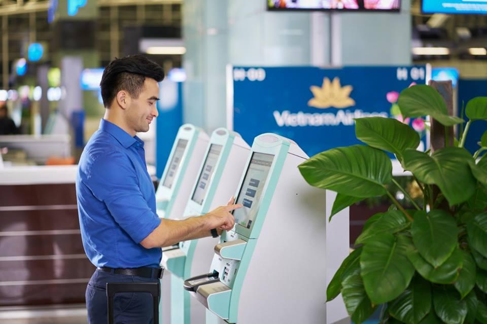 Vietnam Airlines check-in kiosk