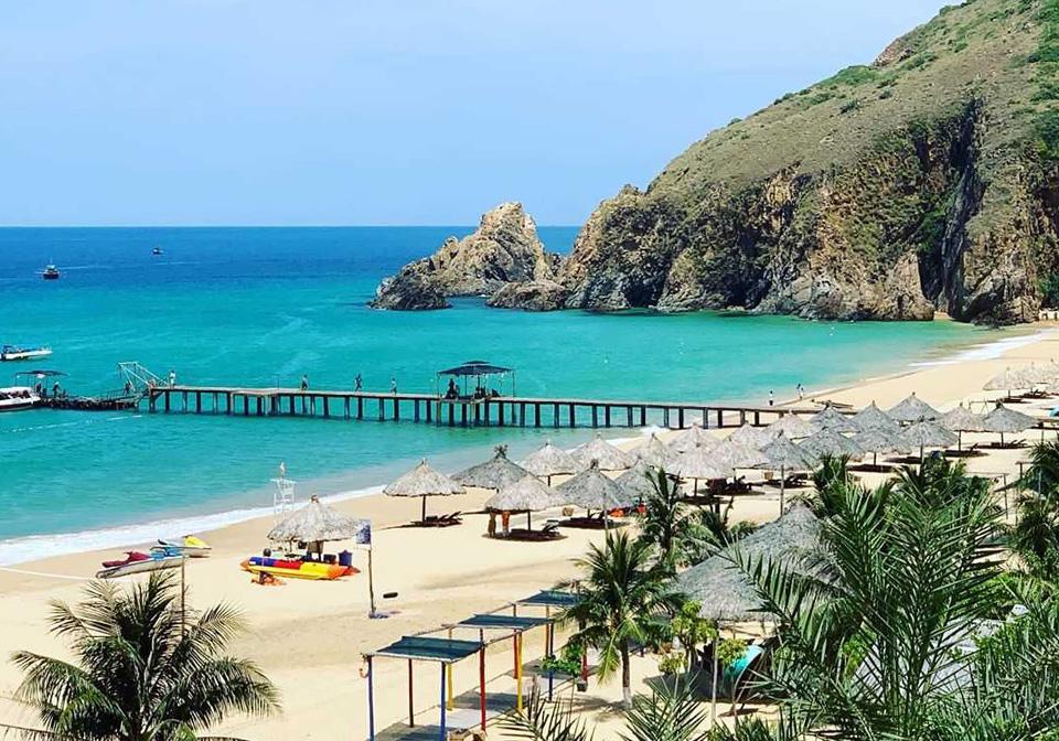 Ky Co beach