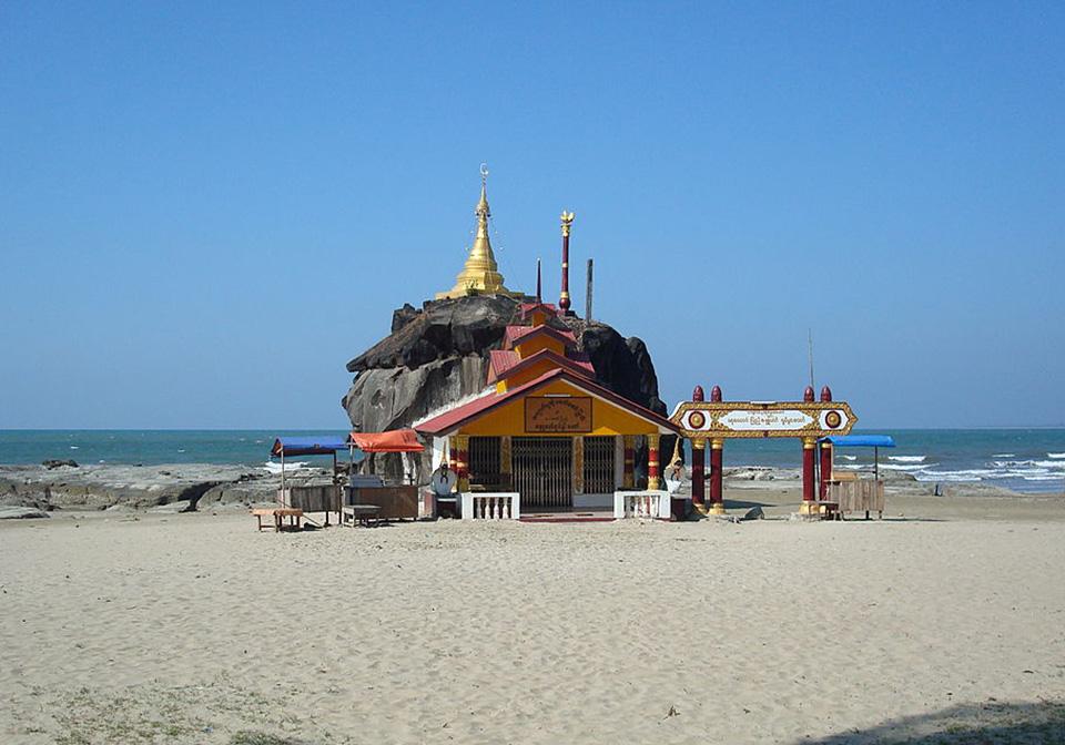 Chuang Tha beach