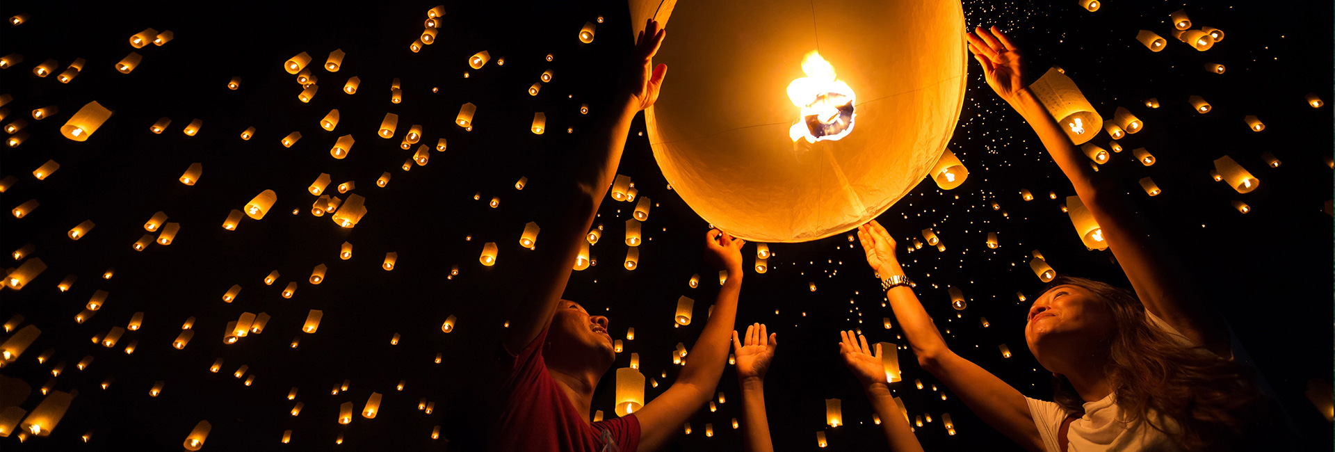 Light up your trip with Thailand lantern festival